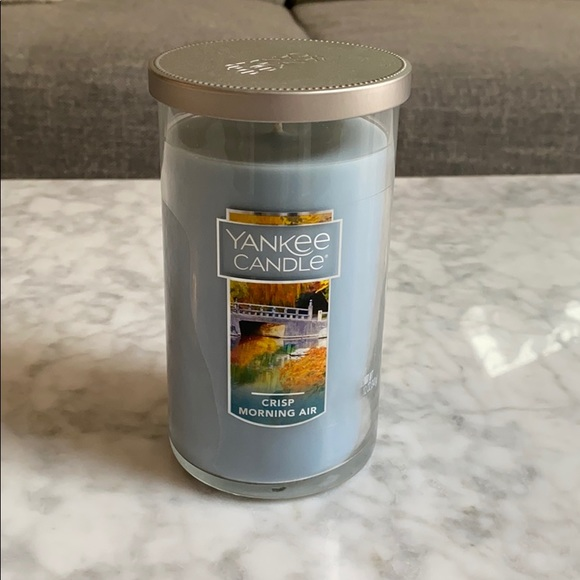 New Yankee Candle 12 oz Crisp Morning Air